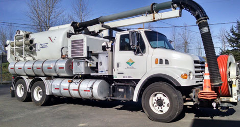 Large sewer pump truck